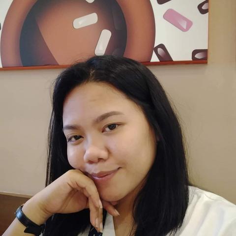 Au pair Sarah Mae in Philippines