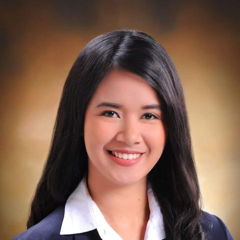 Issa Lee