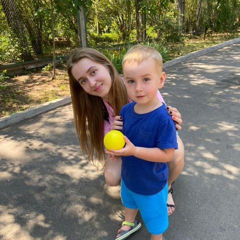 Au pair Anya in Ukraine